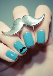 Manicura bigote - Nice Office Wear