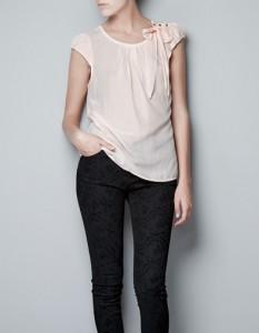 Blusa Zara lazo cuello de lado