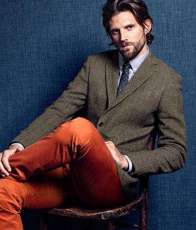 Americana de lana H&M para conseguir un look de oficina casual business